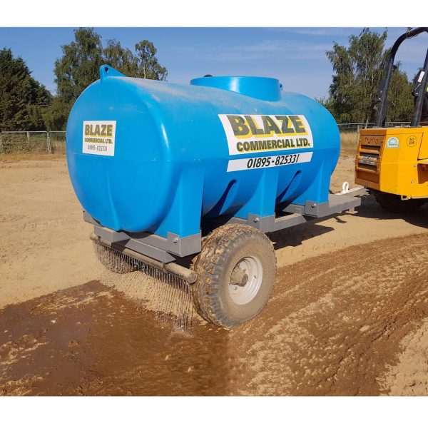 Site tow trailer mounted dust suppression bowser with dribble bar